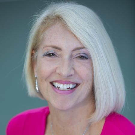 Dr Irena Kay headshot