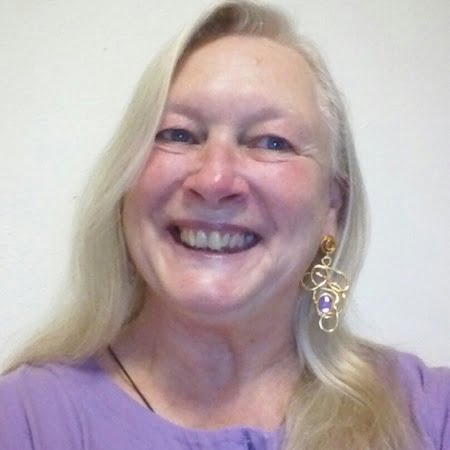 Sharon Fisher Headshot